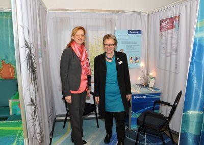 Karin Prien, Bildungsministerin und Ursula Schele, PETZE